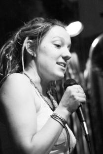 indigo eli performing at passionate tongues, melbourne, photo: michael reynolds